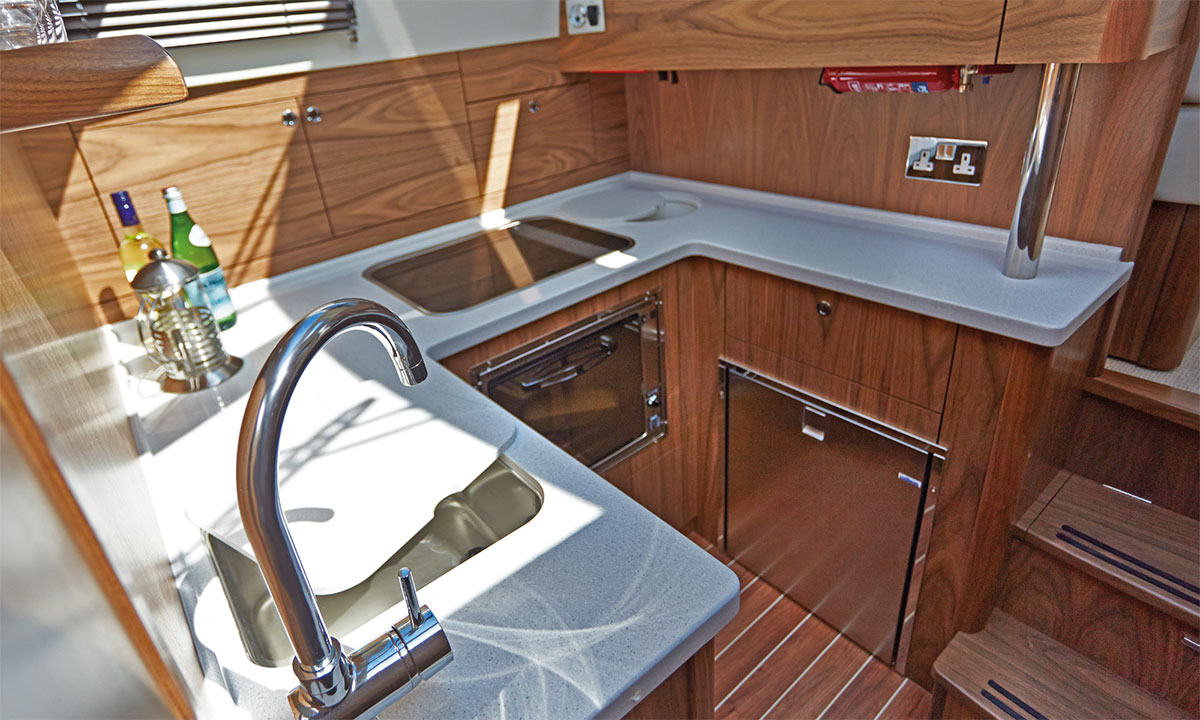 Haines 32 Offshore Galley