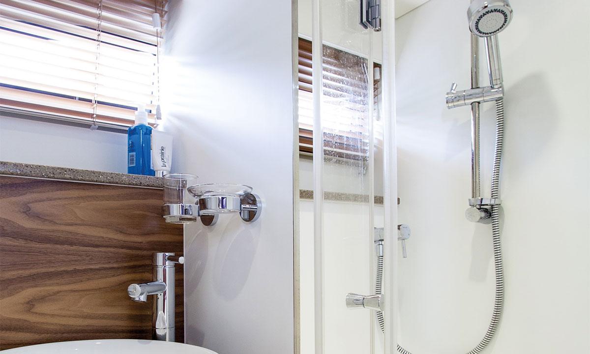 Haines 360 Shower