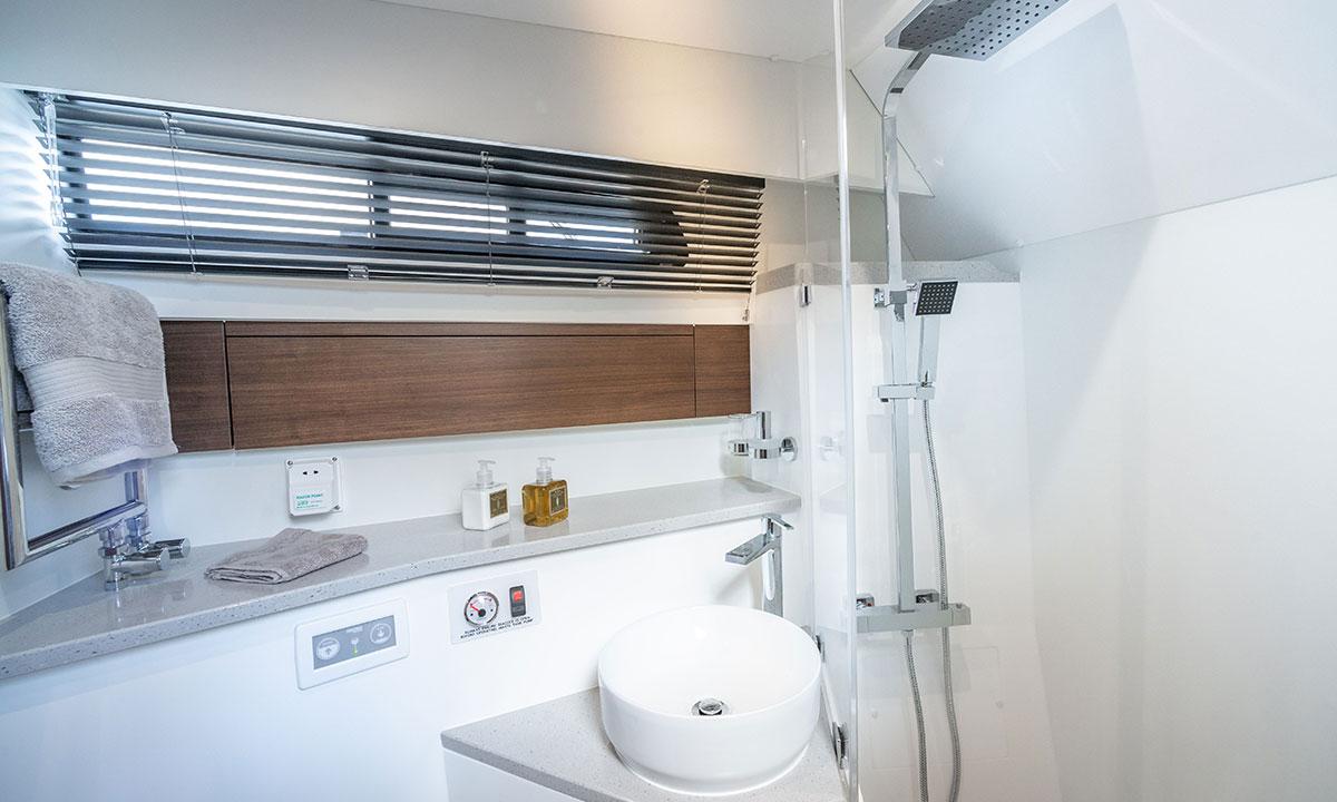 Haines 36 Offshore toilet / shower